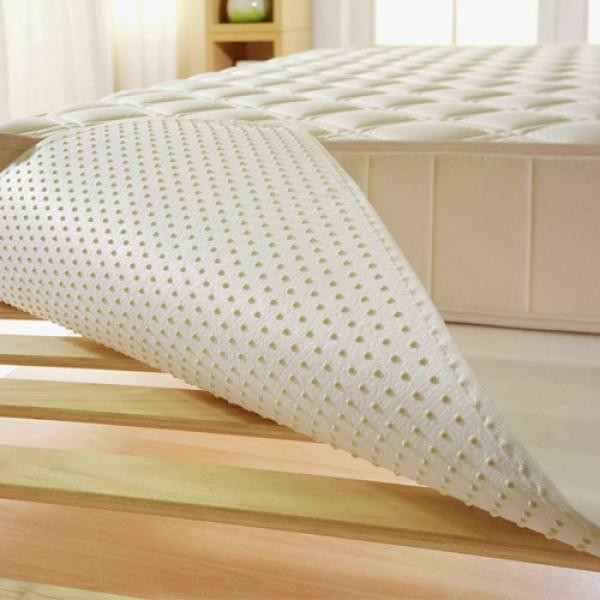 matratzen unterlage mit noppen 140 x 200cm m bel. Black Bedroom Furniture Sets. Home Design Ideas